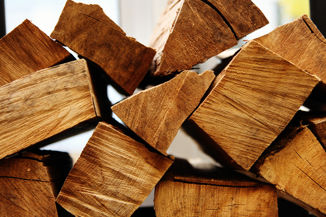 How to prepare your firewood for chimney.